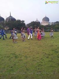Komal Jha on the sets of Eduruleni Alexander