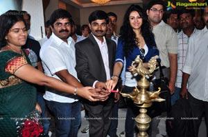 Kamna Jethmalani launches Hi-Tech Consumer fair 2013