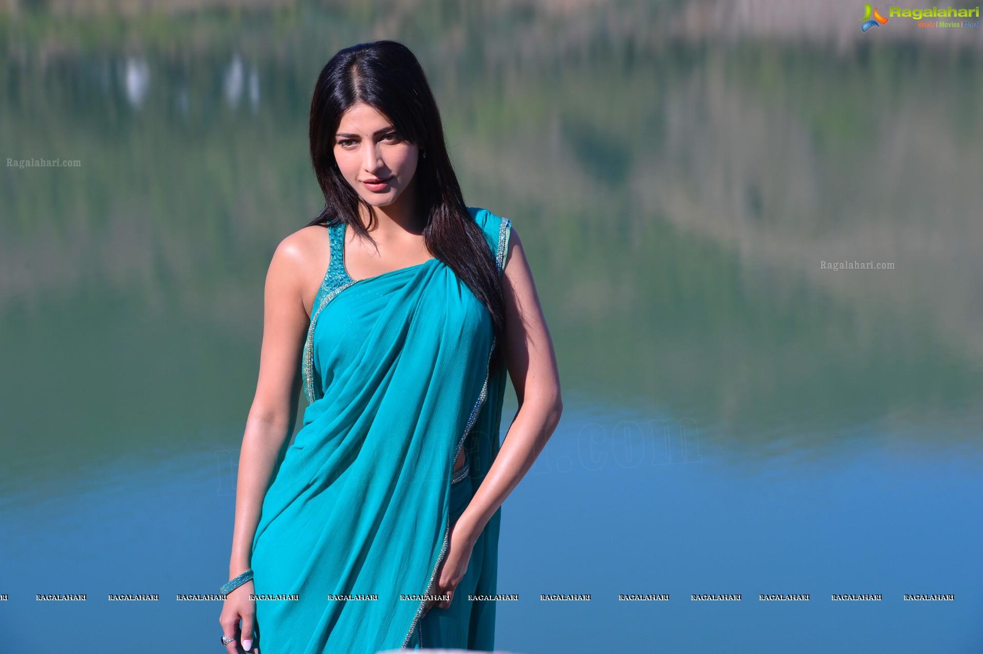 Shruti Haasan (High Definition)