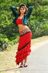 Pyar Mein Padipoyane Shanvi