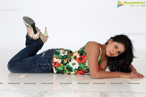 Heroine Tanusha Glam Pics