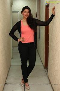 Heroine Barbie Handa