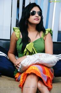 Haripriya in Ugram