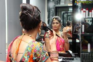 Sushma Khan Lakme