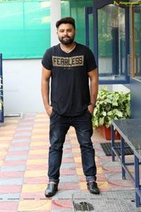 Yazin Nizar on 'Cheliya Untane' Music Video