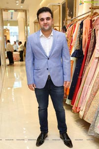 Meena Bazar Launches Its New Showroom at Banjara Hills