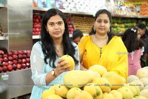 Pure-O-Natural Fruits and Vegetables at Q City