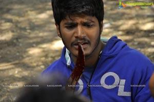 Okkaditho Modalaindi Movie Stills