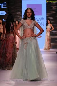 Lakshmi Fashion Week