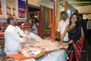 Pinky Pradhan launches Silk India Expo