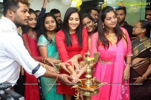 Rashmi Gautam Be You Salon Kondapur