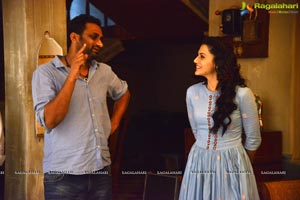 Anando Brahma Working Stills