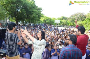 Evaru Team at Vizag College & Radio Mirchi