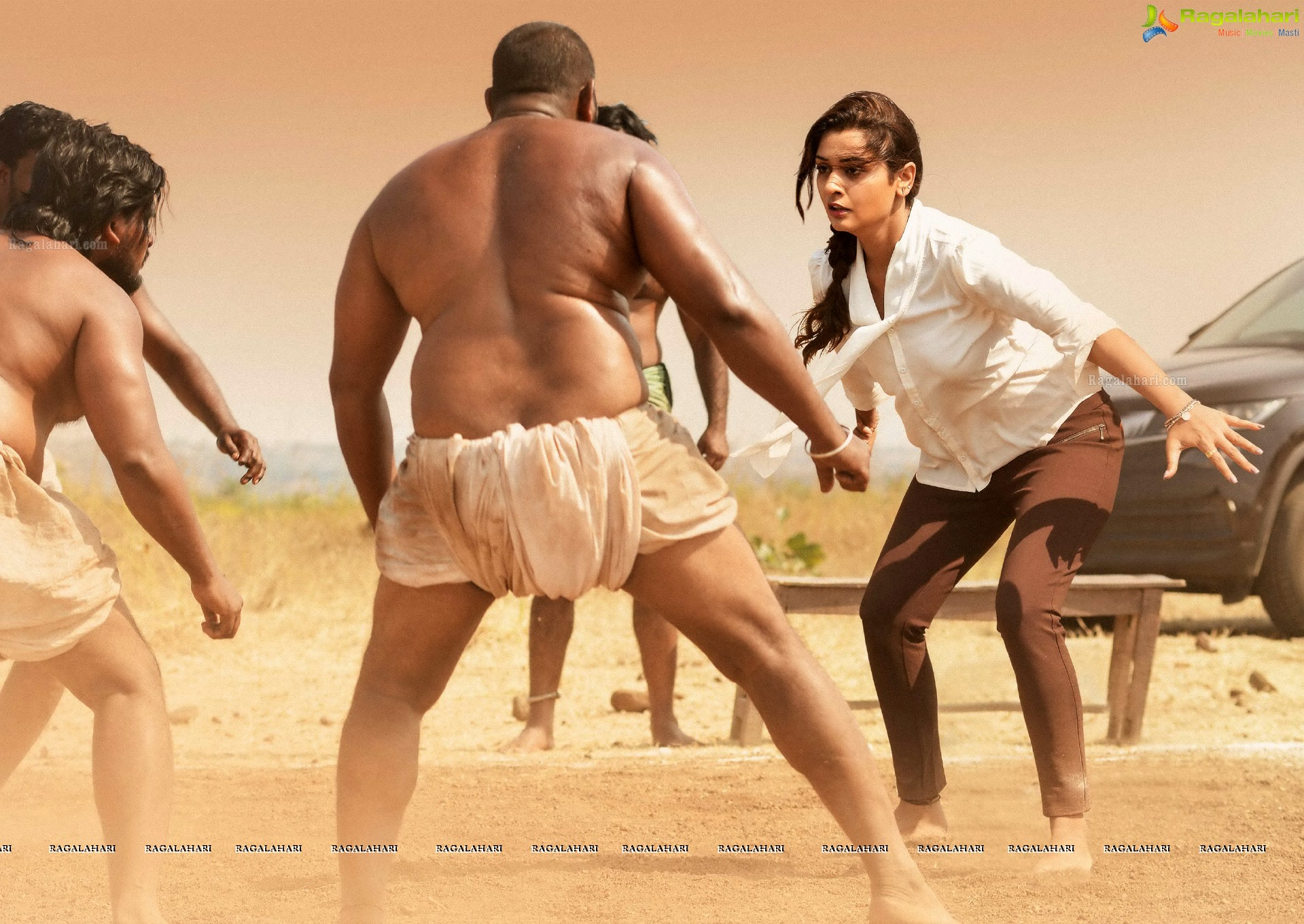 Payal Rajput RDX Love Telugu Movie Review