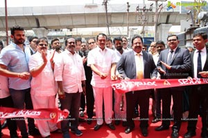 Joyalukkas Opens its New Showroom