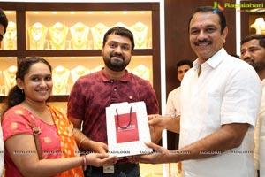 Joyalukkas Opens its New Showroom