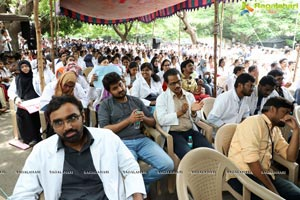 Dr Rajasekhar at Dharna Chowk to Support Jr Doctors