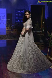 Showstoppers From the Lakme Fashion Week 2019