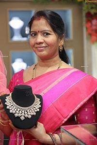 Malbar Gold & Diamonds 'Mine' Diamond Jewellery Show