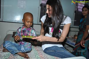 Kajal Agarwal MNJ Cancer Hospital