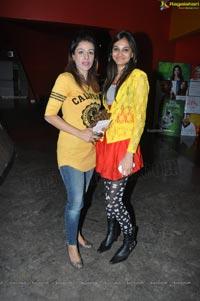 Bollywood Action Masala Film Khiladi 786
