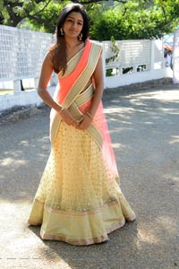 Eesha Vastha Nee Venaka