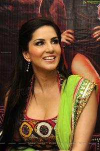 Sunny Leone in Jackpot