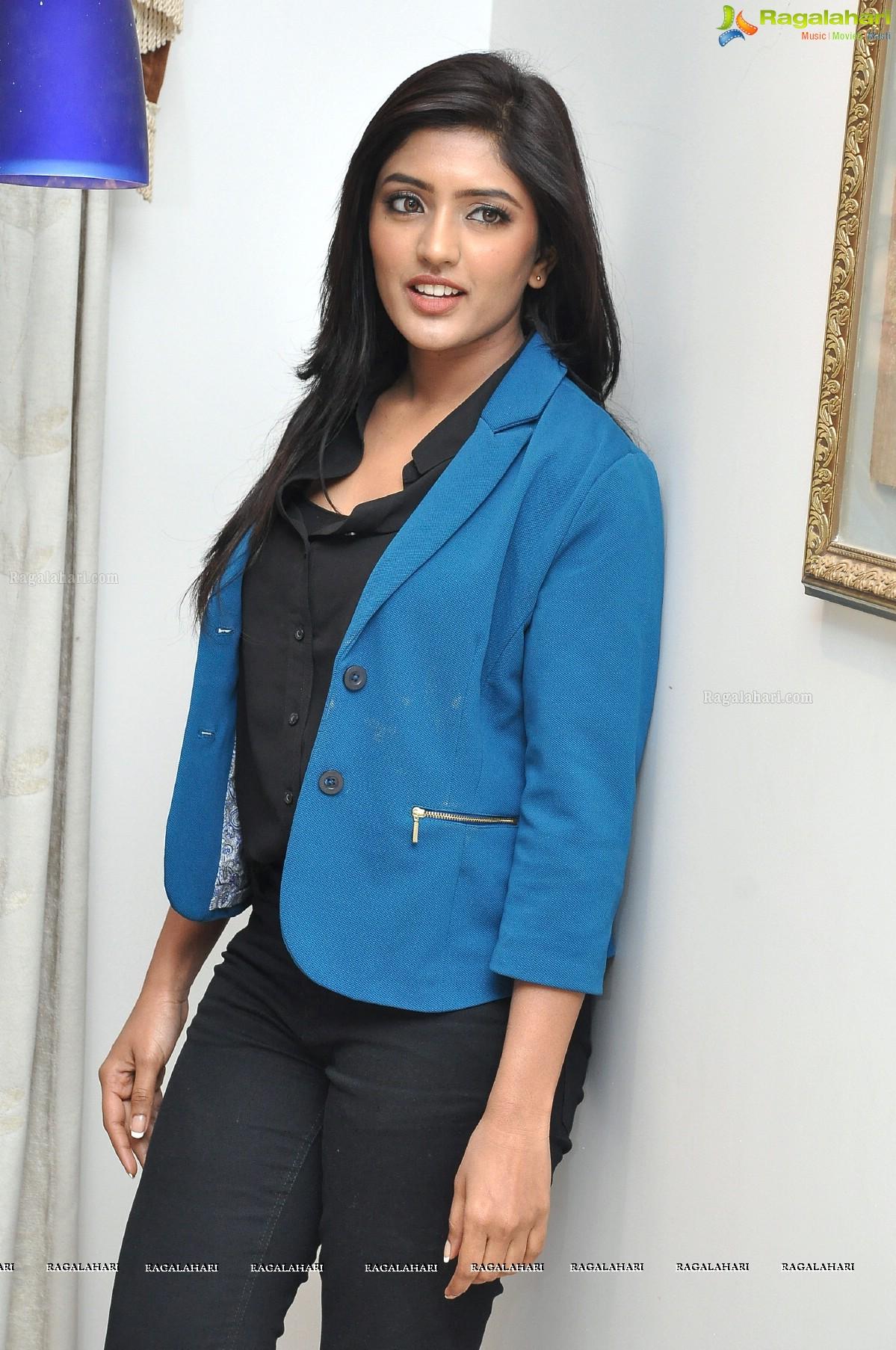 Eesha Rebba at Bandipotu Press Meet
