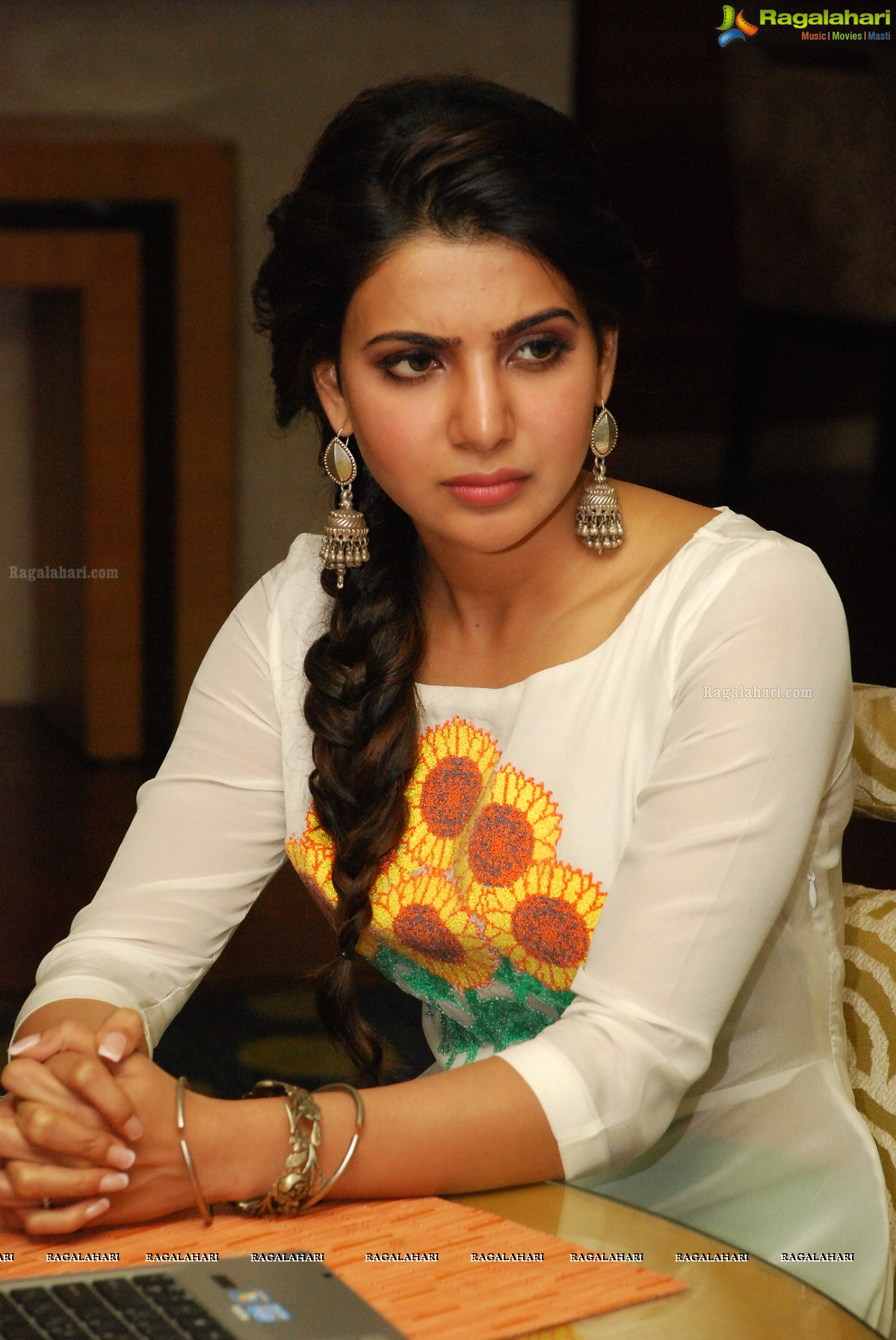 Samantha at Charity Awards of United Way of Hyderabad