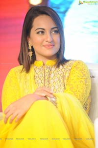 Sonakshi Sinha Lingaa