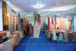 Daksha Nagarkar Inaugurates National Silk Expo