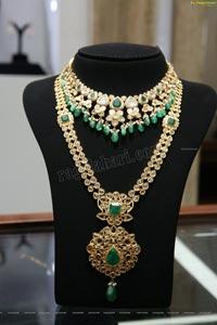 Malbar Gold & Diamonds 'Mine' Diamond Jewellery Showcase