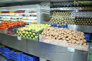Pure O Natural fruits & vegetables 5th outlet