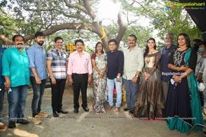 Andaru Bagundali - Andulo Nenundali Movie Opening