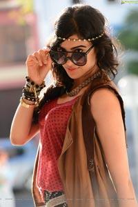 Adah Sharma HD Wallpapers