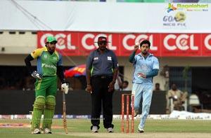 CCL4 Kerala Strikers vs Bojpuri Dabanggs Semifinal