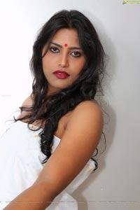 Itlu Mee Saroja Telugu Cinema