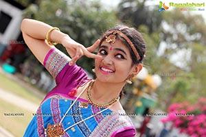 Aaayana