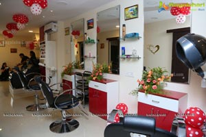 Essenz Family Spa Salon