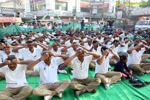 Mansi Gulati Yoga Session