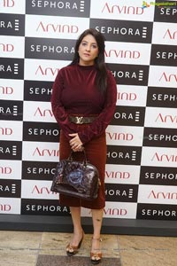 Nidhhi Agerwal Launches Sephora In Hyderabad