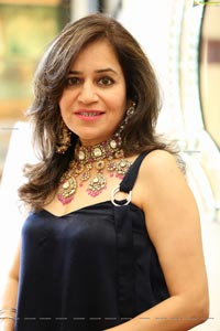 Birdhichand Ghanshyamdas Jewelry Showcase