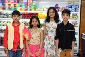 Pure-O-Natural Fruits and Vegetables 30th Outlet Launch