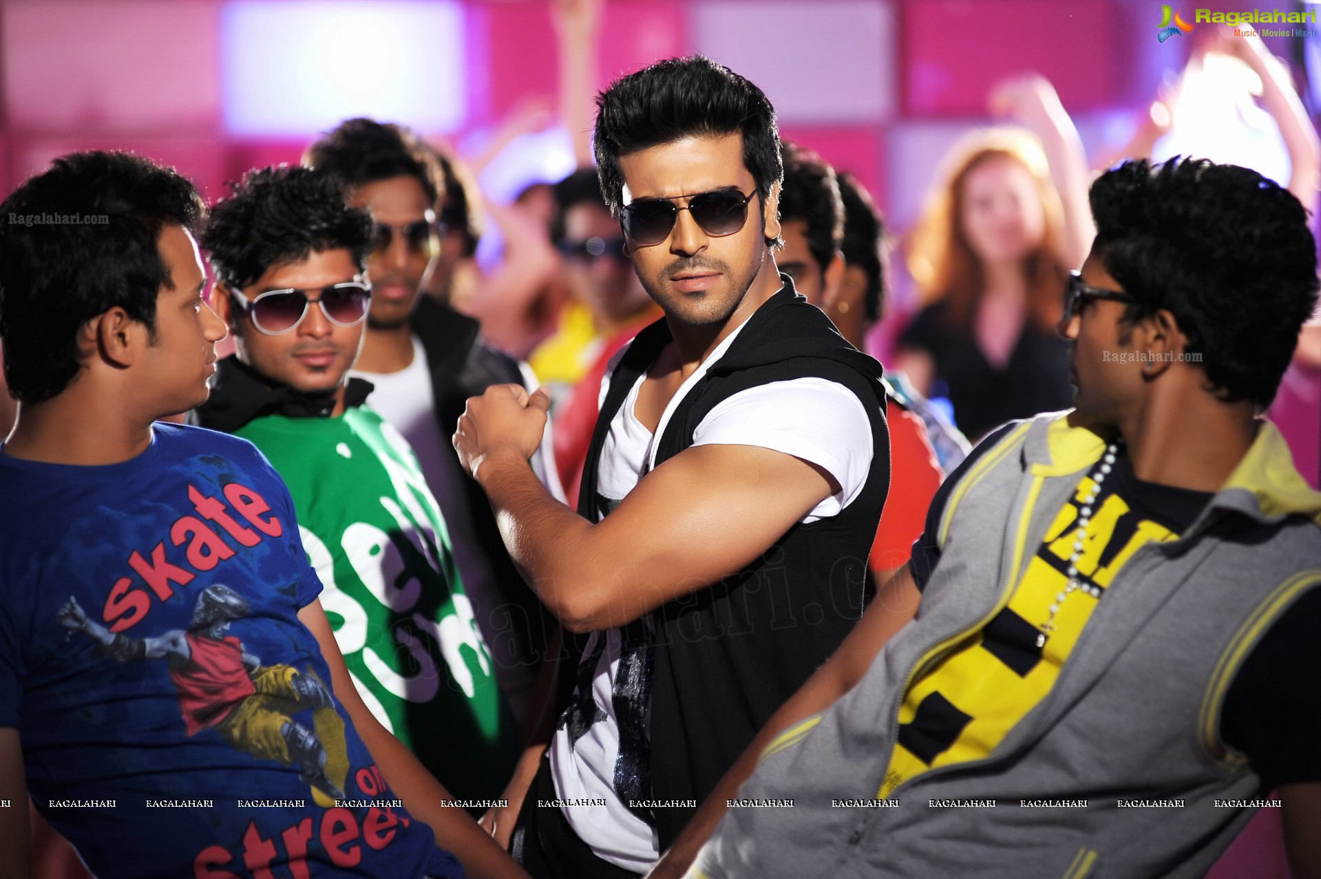 Naayak 1st week collections