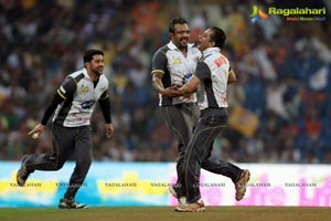 CCL 4 Mumbai Heroes Vs Chennai Rhinos