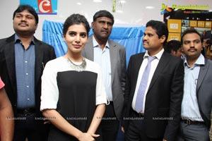 Samantha Launches Nokia Lumia 1320 in Hyderabad