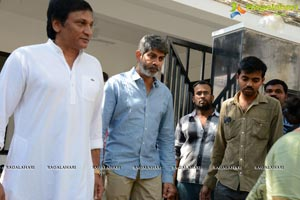 Jagapathi Babu's Father Death