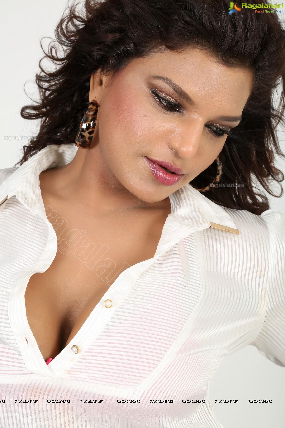 Shalini Naidu (Exclusive)