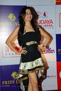 Poonam Kaur CCL Photos