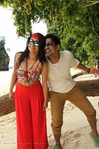 Aranmanai 2 Beach Song Stills